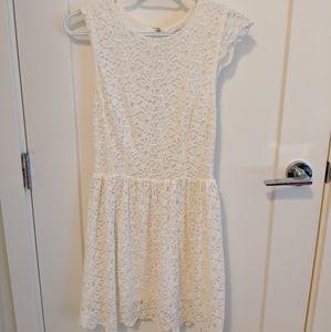 Aritzia talula white lace dress